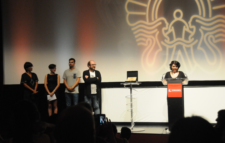 BAR BAHAR/IN BETWEEN consigue el Premio EROSKI de la Juventud