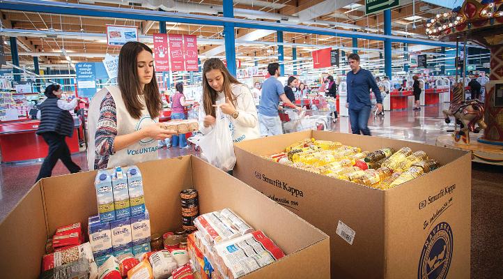 Junto con nuestros clientes donamos 444 toneladas de alimentos - EROSKI