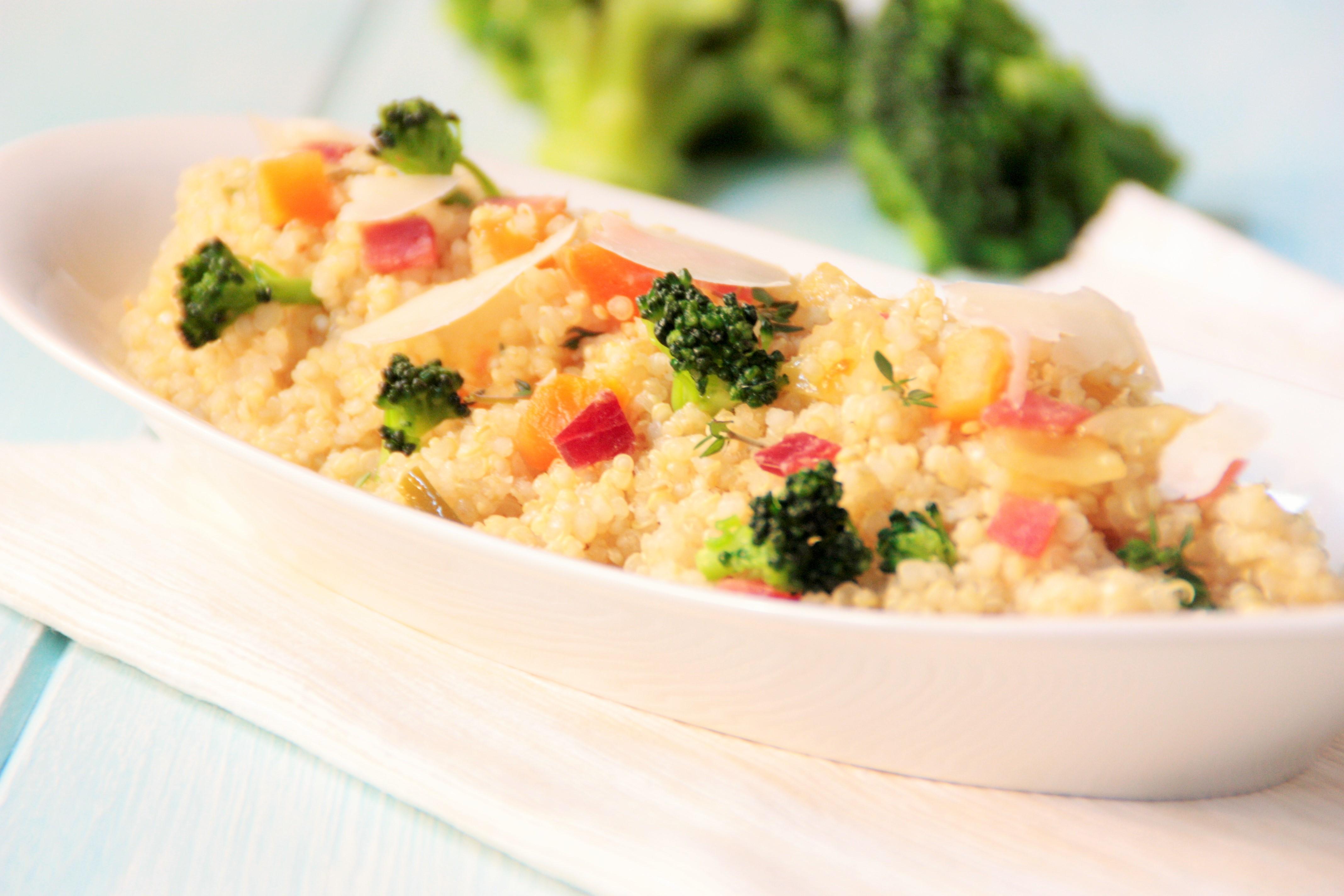 Quinoa con brócoli, queso y jamón serrano - EROSKI | EROSKI