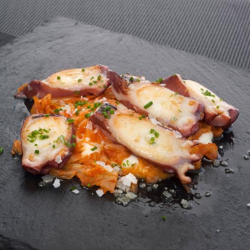 Pulpo Con Kimchi Y Puré Cremoso De Patatas