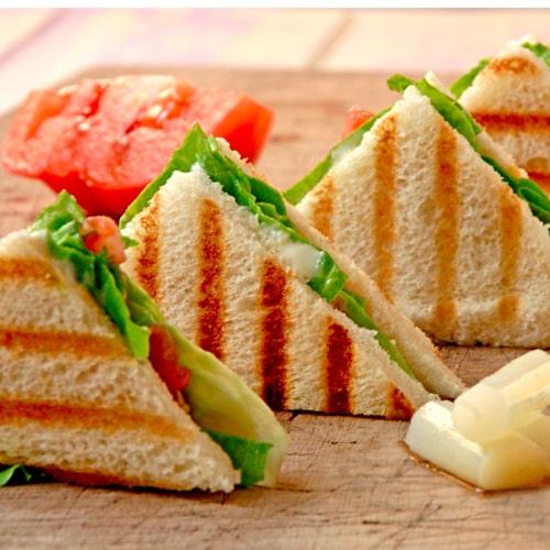 Recetas sándwich vegetal con plátano de canarias y quesitos | EROSKI