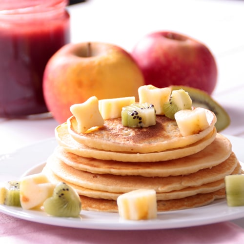 Tortitas de plátano y cereales con frutos Recetas rojos y frutas variadas | EROSKI